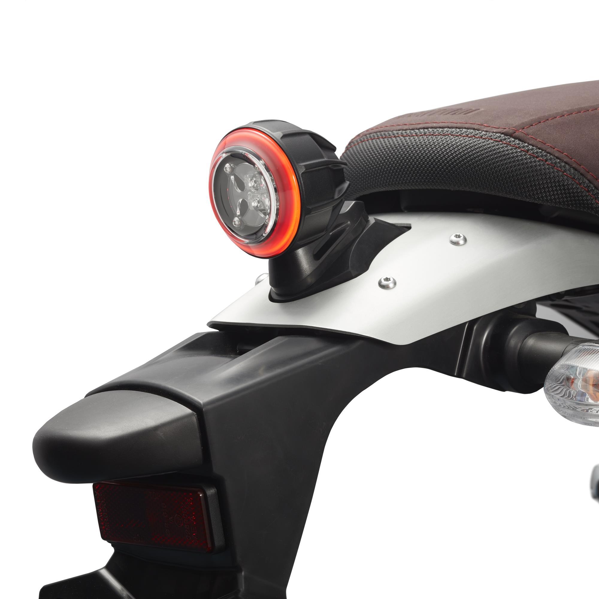 FEU-ARRIRE-LEDS-XSR-700